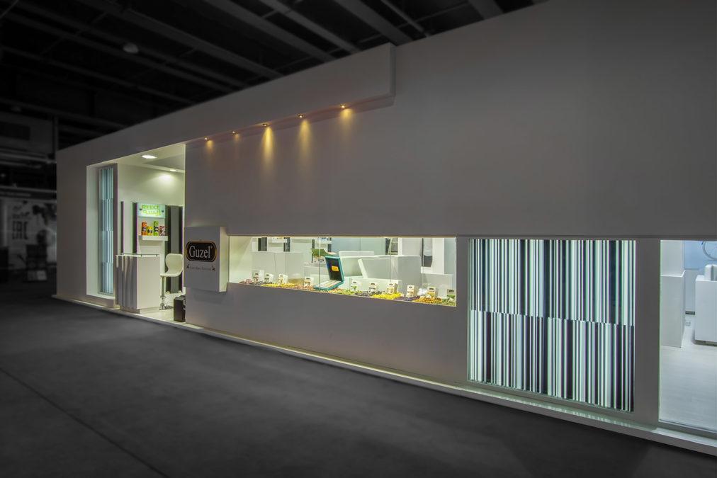 غرفه نمایشگاهی گوزل