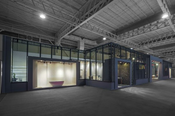 غرفه نمایشگاهی کاشی لئون